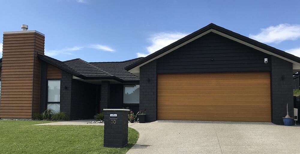 hibiscus-garage-doors-cedar-doors